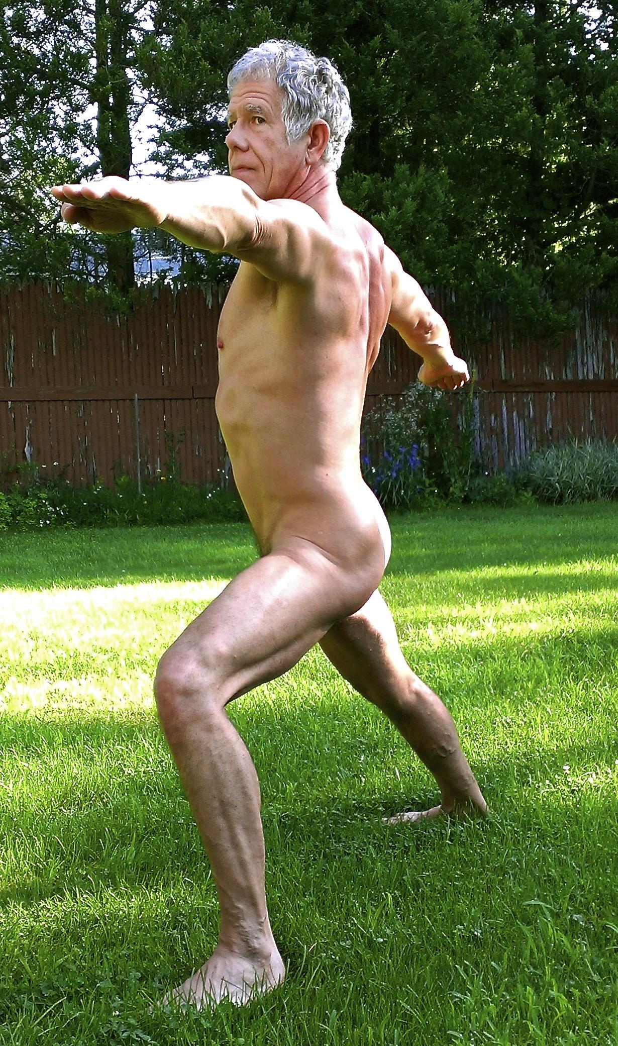 nude yoga nyc